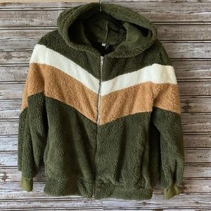 Tri-Color Teddy Jacket Size Small